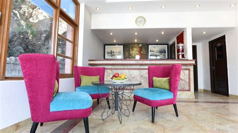 Green Breeze Mussoorie a boutique 3*resort,great for stay