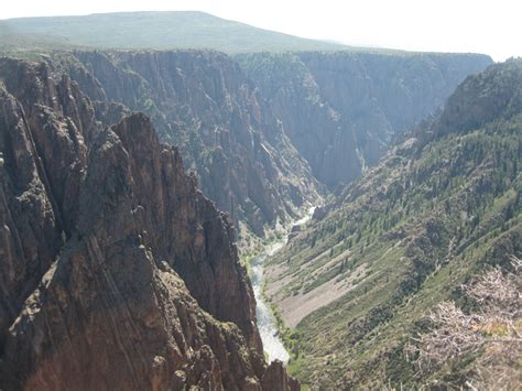 Black Canyon of the Gunnison - Road Trip the World