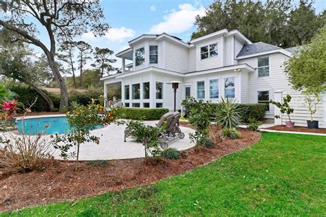 INCREDIBLE WATERFRONT ESTATE WITH DOCK ON HILTON HEAD