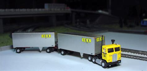 ICX Kenworth K100 Day Cab & Double Trailers
