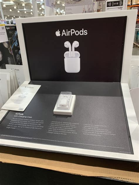 Costco Apple Airpods with Charging Case (2nd Generation