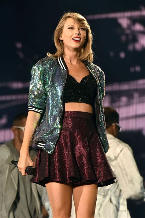 Taylor Swift Is Designing a Clothing Line, Sold in China