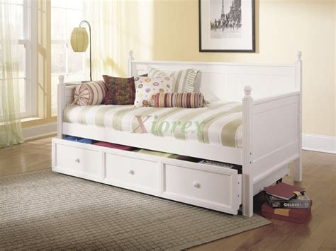 Casey Daybed - Twin Size Bed w Trundle in Honey Maple