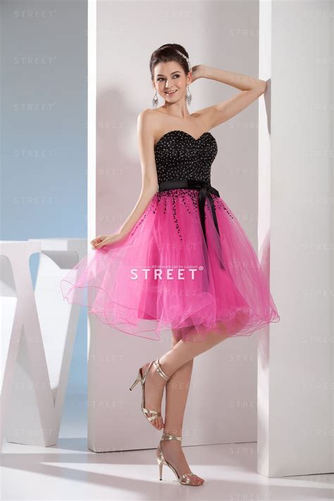 Cute Hippie Petite Black And Pink Sweetheart Sequin Beaded