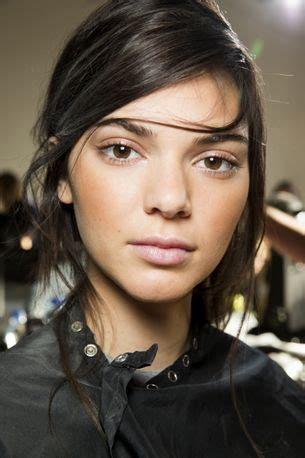 French girls are obsessed with this easy hair look and so