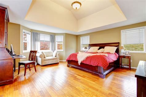 Looking After And Cleaning Hardwood Flooring - Reliable